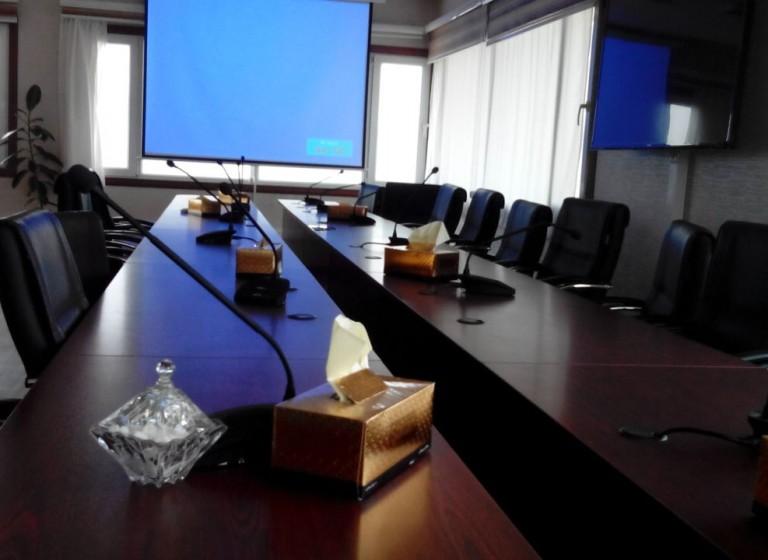 سیستم صوتی و تصویری کنفرانس